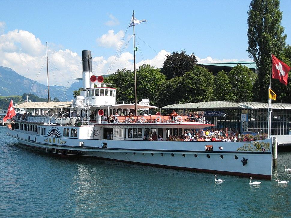 Dampfschiff Uri in Luzern