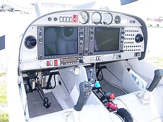 Diamond DA40 - Diamond Star DA40-180 instrument panel showing the Garmin G1000 glass cockpit installation