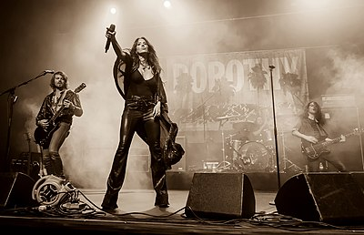 Picture of a band or musician: Dorothy