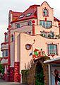 Dortmund Aplerbeck, Haus im Stil von Hundertwasser (7992548785).jpg