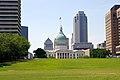 Downtown St. Louis (4687104530).jpg