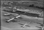 ETH-BIB-Flughafen-Zürich, Flughof, Flugzeuge-LBS H1-014547.tif
