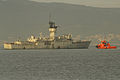 El remolcador Roque S salió al encuentro de la fragata desde el Puerto de Vigo (15423743299).jpg
