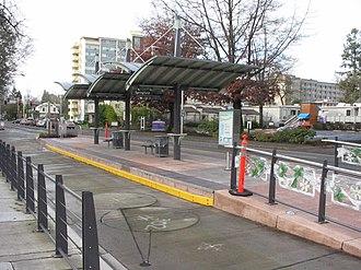 Emerald Express - Image: Em X Hilyard Station