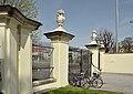 Engelstor, Schönbrunn 07.jpg