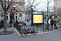 Entrée Métro Châtelet Paris 1.jpg