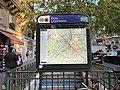 Entrée Station Métro Cluny Sorbonne Paris 2.jpg