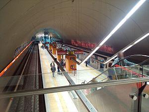 Juan Manuel de Rosas (Buenos Aires Underground) - Image: Estación Rosas subte B