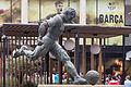 Estatua de Ladislao Kubala Stecz. Exteriores do Camp Nou. Barcelona B32.jpg