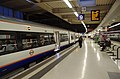 Euston station MMB 62 378228.jpg