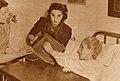 Eva Perón votando - Mundo Peronista - Revistas n° 90 y 91 (page 20 crop).jpg