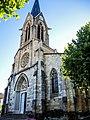 Façade et clocher de l'église Saint Martin.jpg