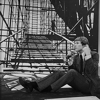 Paul Jones (singer) - Paul Jones on the Dutch television programme Fanclub, 1967