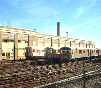 Fern Rock Transportation Center - Image: Fernrockrail