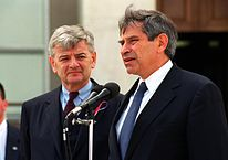 Joschka Fischer und Paul Wolfowitz (2001)
