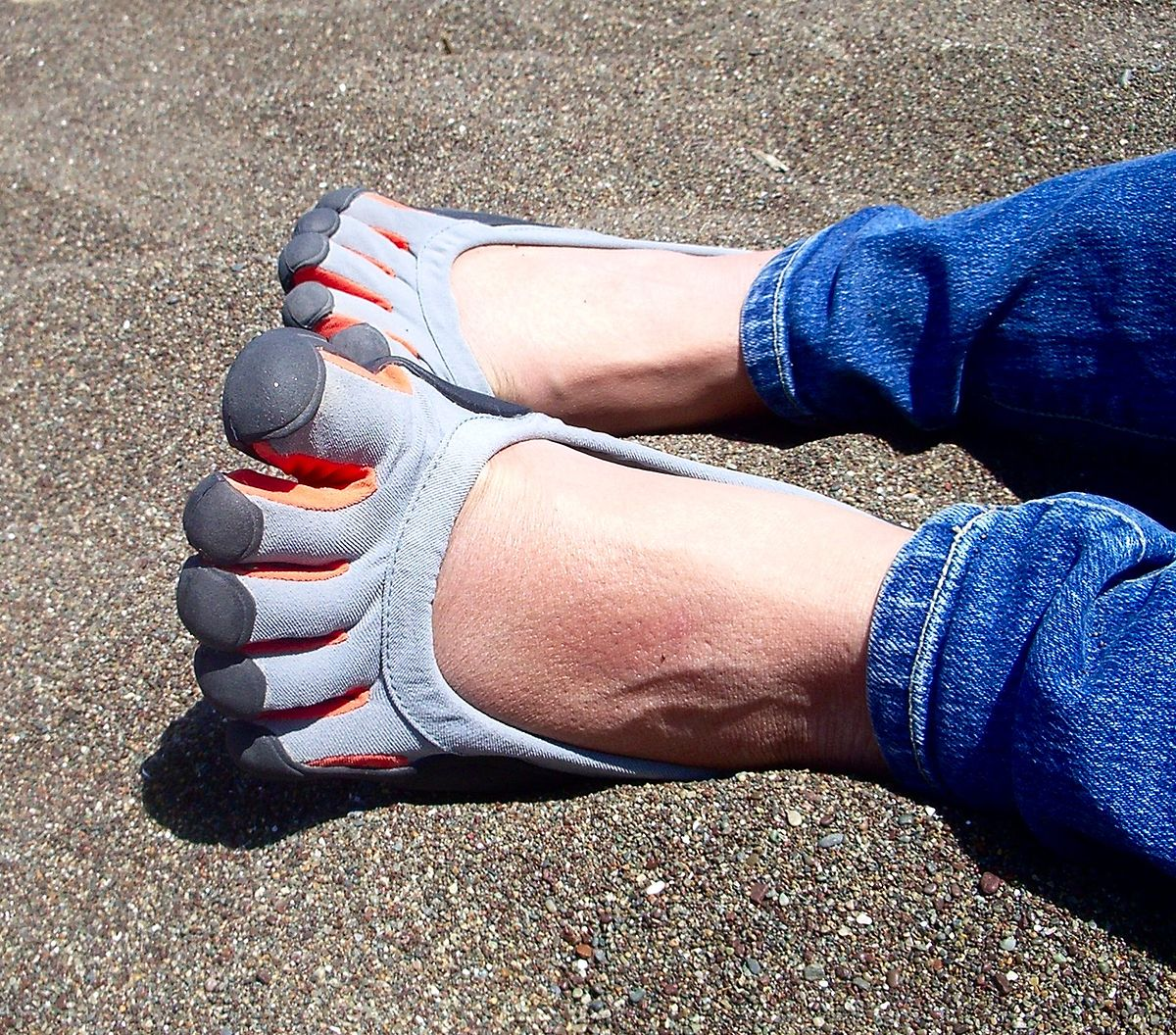 chaussure à orteils — wikipédia