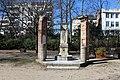 Fontaine Antiquités Parc Becon Courbevoie 2.jpg