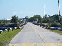 Fort Denaud FL Okee Wtrwy bridge01.jpg
