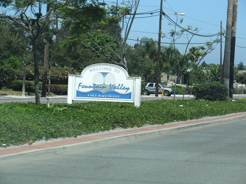 Fountain Valley Welcome Sign along Warner Avenue