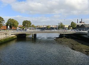 Frank Sherwin Bridge - View of Frank Sherwin Bridge from Seán Heuston Bridge