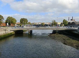 Frank Sherwin Bridge - View of Frank Sherwin Bridge from Seán Heuston Bridge