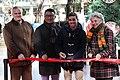 Galcerán inaugura junto a Javier Fernández una Pista de Hielo en Azca con su nombre 01.jpg