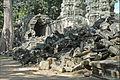 Galerie en ruine dans le temple Ta Prohm (Angkor) (6990984921).jpg