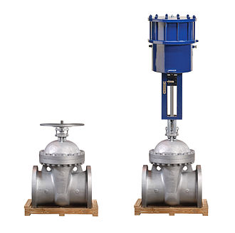 Valve actuator - Gate Valve with Handwheel (L) and with Linear Pneumatic Actuator (R)