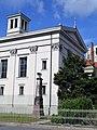 Gesundbrunnen St. Paulskirche Seitenansicht.jpg