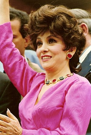 Gina Lollobrigida - Gina Lollobrigida at the 1991 Cannes Film Festival