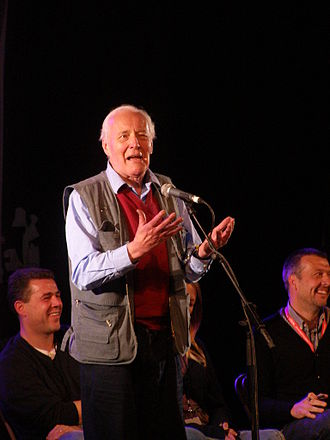Tony Benn - Benn speaking at the Glastonbury Festival in 2008