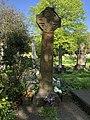 Grave of Emiline Pankhurst.jpg