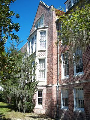 Norman Hall (Gainesville, Florida) - Image: Gville UF Norman 07