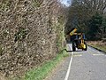 Hedge cutting, Crow Hill - geograph.org.uk - 1186741.jpg