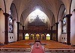 Heilig-Kreuz (Berlin-Wilmersdorf) Orgelempore.JPG