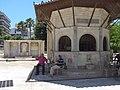 Heráklion, Bembova kašna s tureckým pavilonkem.jpg