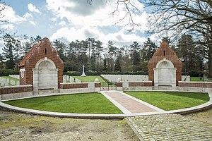 Heverlee - Image: Heverlee War Cemetery 1
