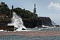 Hohe Atlantikwellen brechen sich am Strand von Santa Cruz (Madeira). 04.jpg