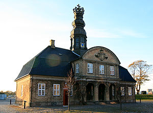 Nyholm Central Guardhouse - The facade