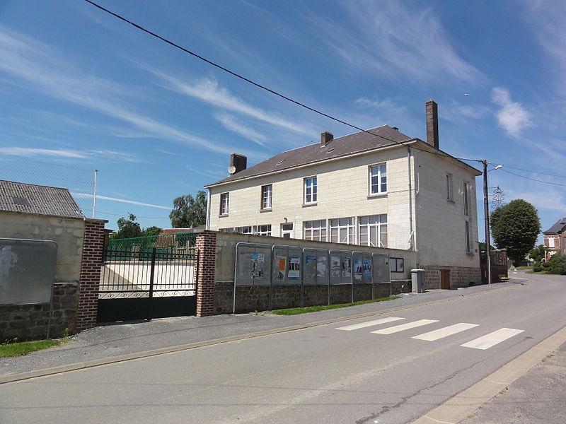 Housset (Aisne) mairie-école