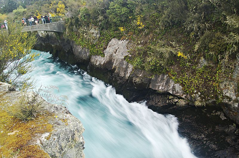 File:Huka falls canyon Taupo NZ.jpg