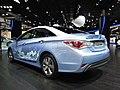Hyundai Sonata Hybrid (14380685918).jpg