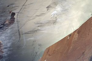 ISS008-E-14676 - Lanzarote and Cape Juby.jpg