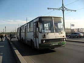 Зато Смольный запускает давно анонсированный проект ночного автобуса: с 1 июля заработают пять новых маршрутов...