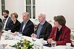 Ināra Mūrniece tiekas ar ASV Kongresa senatoriem (31128835663).jpg