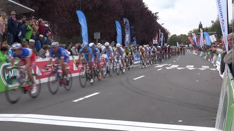 File:Isbergues - Grand Prix d'Isbergues, 21 septembre 2014 (D065A).ogv