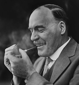 Jack Lang (Australian politician) - Lang smoking his trademark pipe