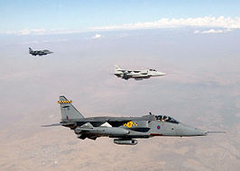 Drie Britse RAF Jaguars op een Northern Watch missie in september 2002.