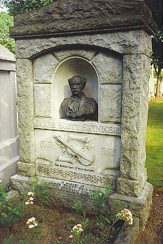 James Scott Skinner - James Scott Skinner's gravestone, Allanvale Cemetery