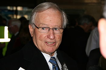 English: Former Prime Minister Jim Bolger mid ...